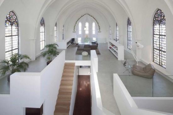 教会を住居にしてしまった画像6