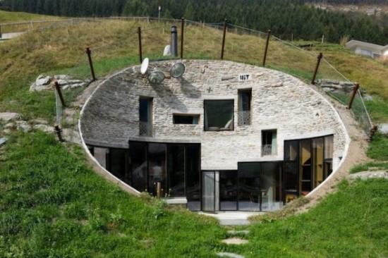 スイス山あいの村ヴァルスにあるVILLA VALS6