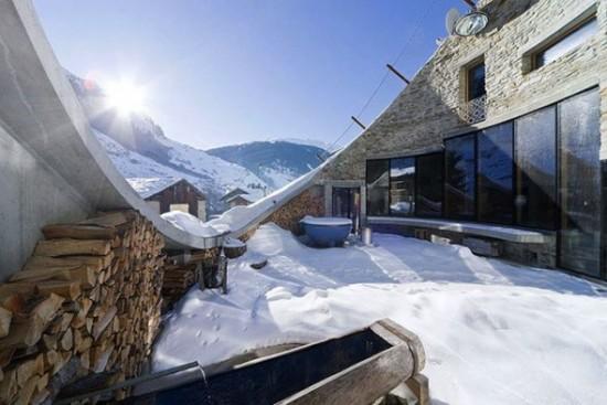 スイス山あいの村ヴァルスにあるVILLA VALS20