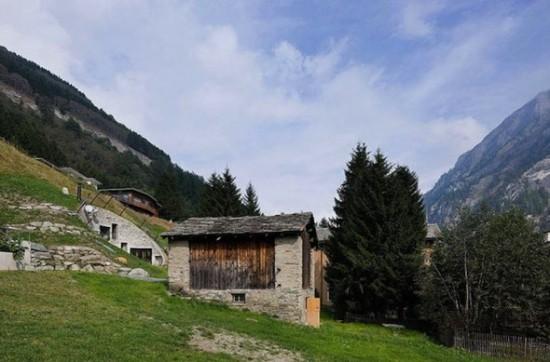 スイス山あいの村ヴァルスにあるVILLA VALS2