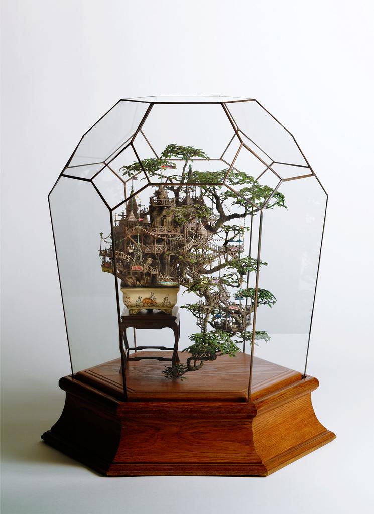 相羽高徳氏(TAKANORI AIBA)によるミニチュア盆栽ツリーハウス4