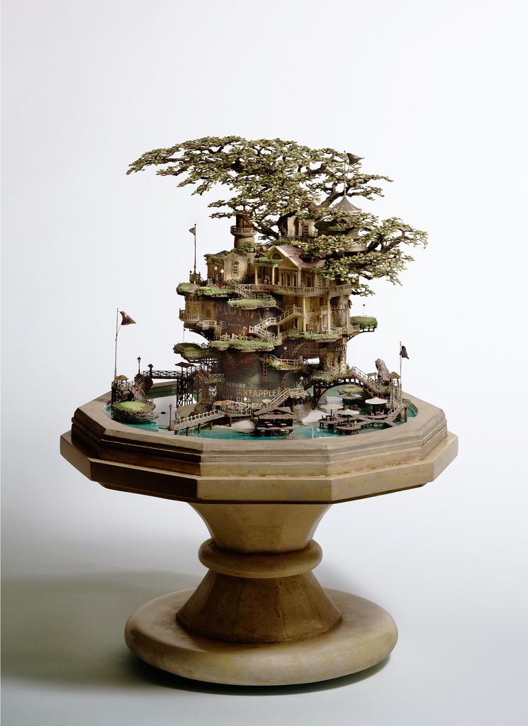 相羽高徳氏(TAKANORI AIBA)によるミニチュア盆栽ツリーハウス12