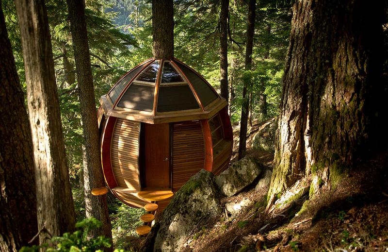 カナダウィスラーにある秘密のツリーハウス「The HemLoft」6