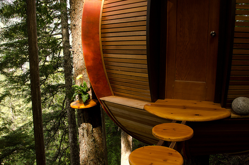 カナダウィスラーにある秘密のツリーハウス「The HemLoft」7