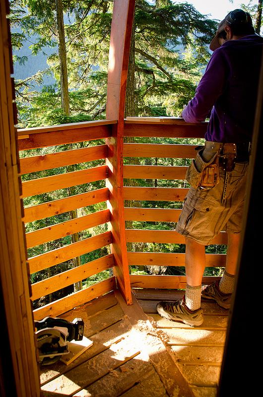 カナダウィスラーにある秘密のツリーハウス「The HemLoft」12