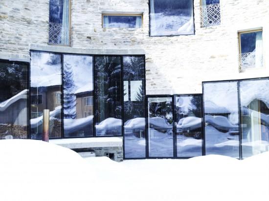 スイス山あいの村ヴァルスにあるVILLA VALS24