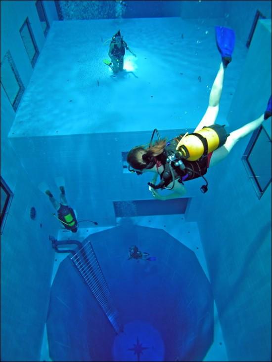 NEMO33 世界一深いプール16