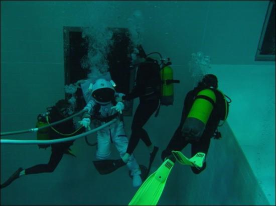NEMO33 世界一深いプール9