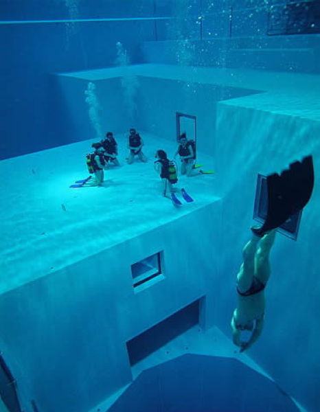 NEMO33 世界一深いプール12
