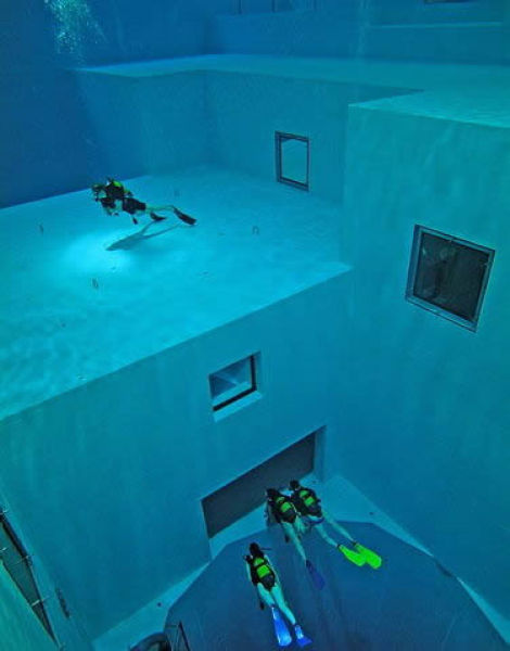 NEMO33 世界一深いプール13