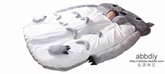 トトロのベッド3