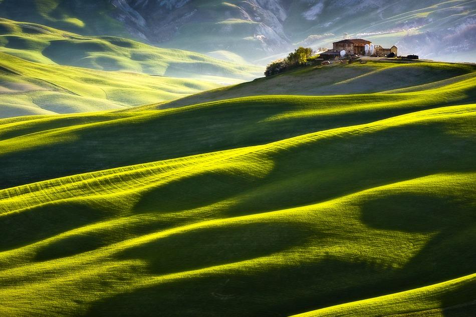 ファンタジーの世界のような自然風景写真14