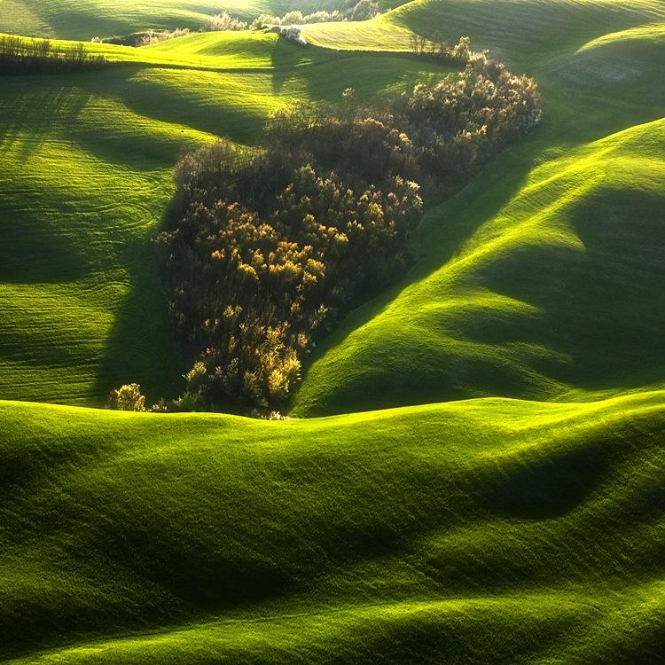 ファンタジーの世界のような自然風景写真10