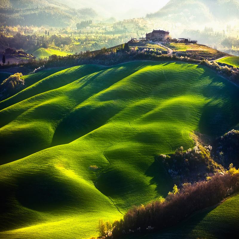 ファンタジーの世界のような自然風景写真8
