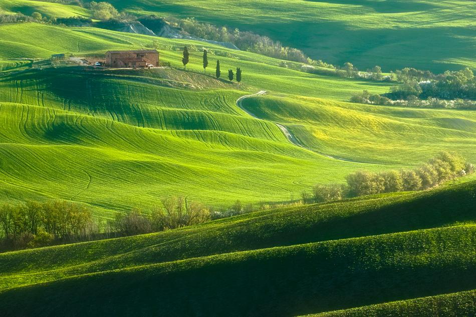 ファンタジーの世界のような自然風景写真4