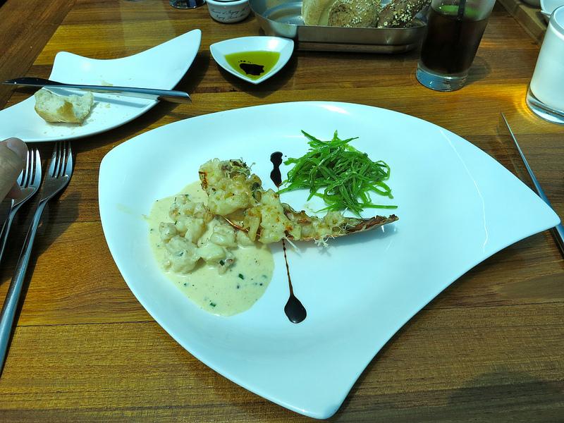 海中レストラン Ithaa Undersea11