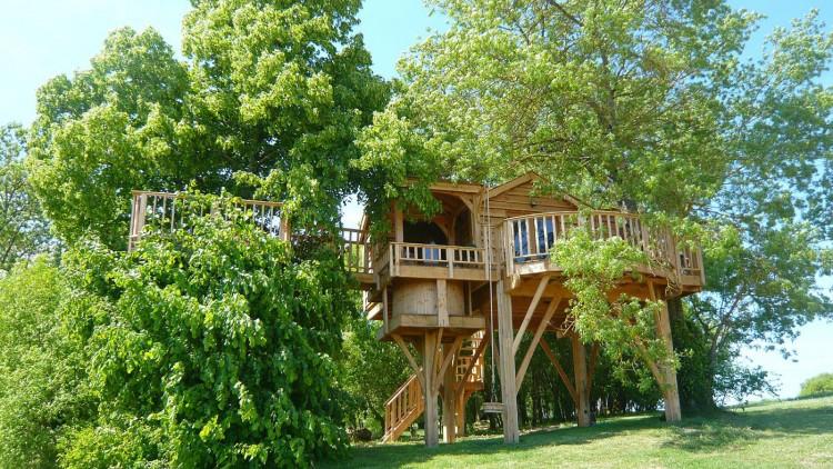 トムソーヤが住んでいそうなツリーハウス3