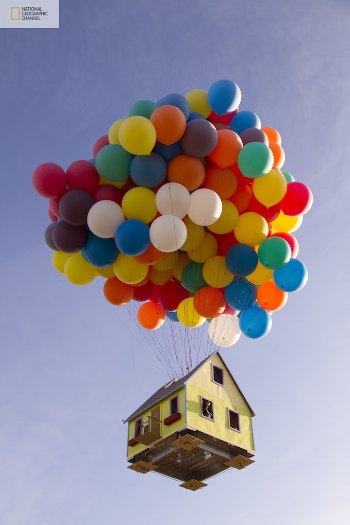本物のカールじいさんの空飛ぶ家11