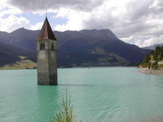 レジア湖の水の塔2