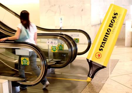 エスカレーターを使ったユニークな広告2
