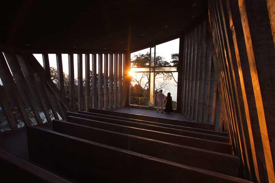 メキシコのアカプルコにある陽の沈む教会(チャペル)12