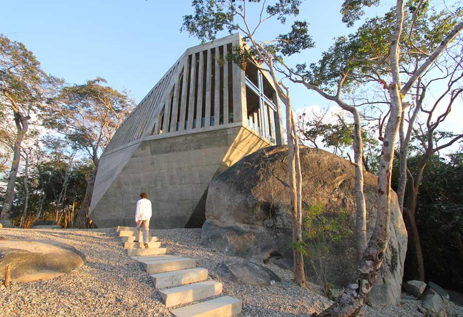 メキシコのアカプルコにある陽の沈む教会(チャペル)4