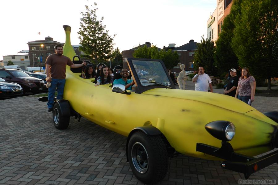 マリオカートに出てきそうな車バナナカート5
