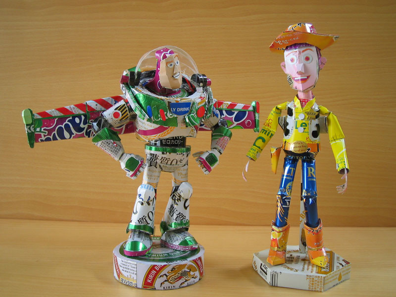 buzz-lightyear-woody-made-from-aluminum-cans-japanese-artist-makaon