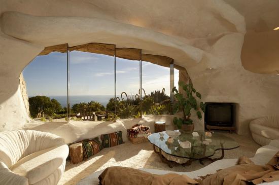 マリブにある石の家3