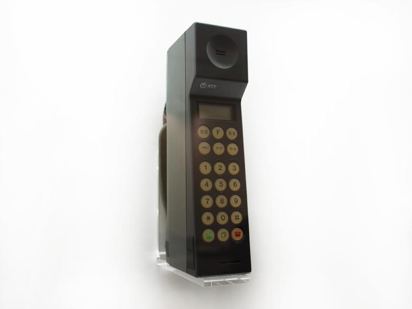 ドコモの携帯電話からスマートフォンへの進化の歴史12