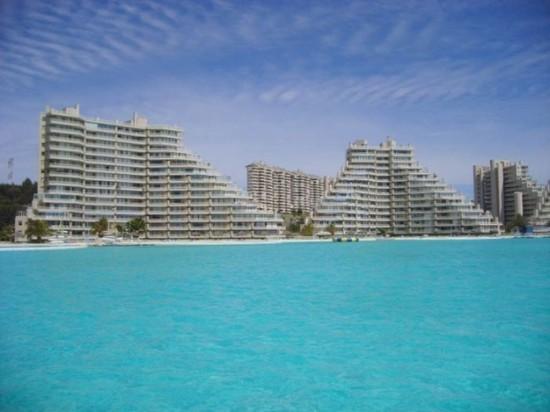 世界一大きなプールがあるホテル「サン·アルフォンソ·デル·マールリゾート」1