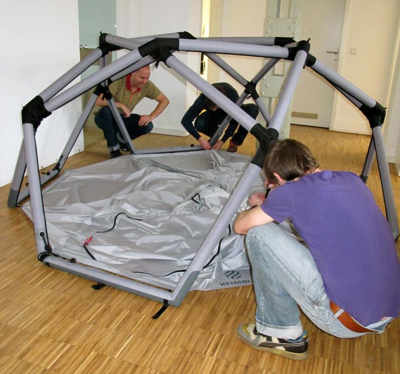 たった1分で設置できるキャンプ用テントHeimplanetの「The Cave」24