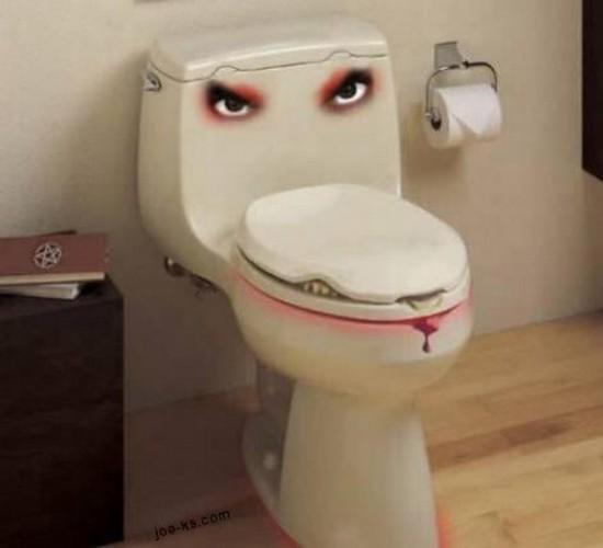 おかしなトイレ8