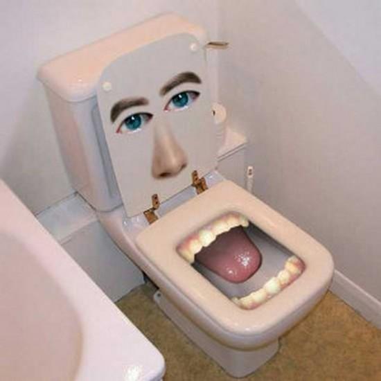 おかしなトイレ9