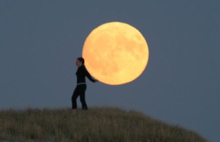 芸術的な月の写真8