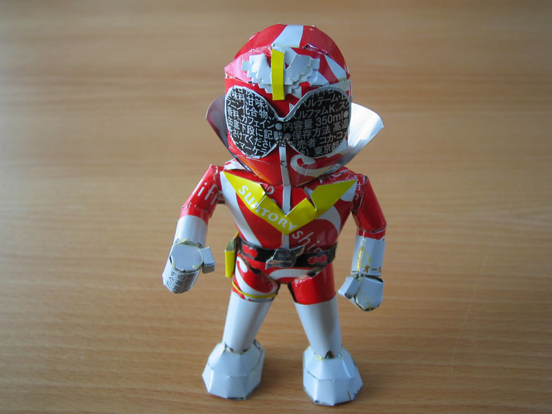 power-ranger-made-from-aluminum-cans-japanese-artist-makaon