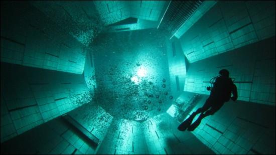 NEMO33 世界一深いプール21