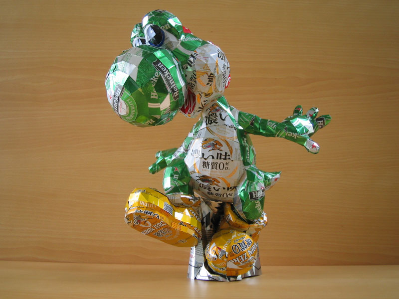 yossi-made-from-aluminum-cans-japanese-artist-makaon
