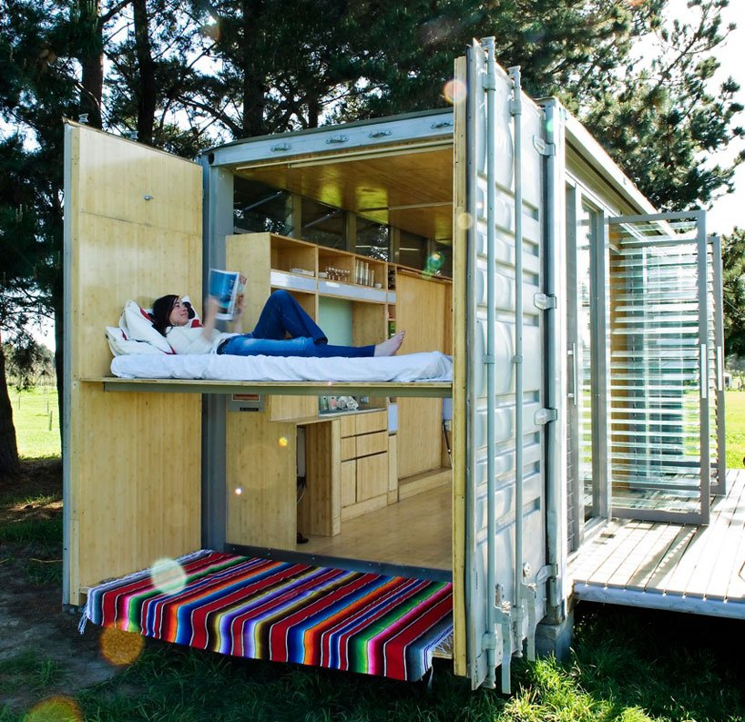 port-a-bach shipping container retreat8