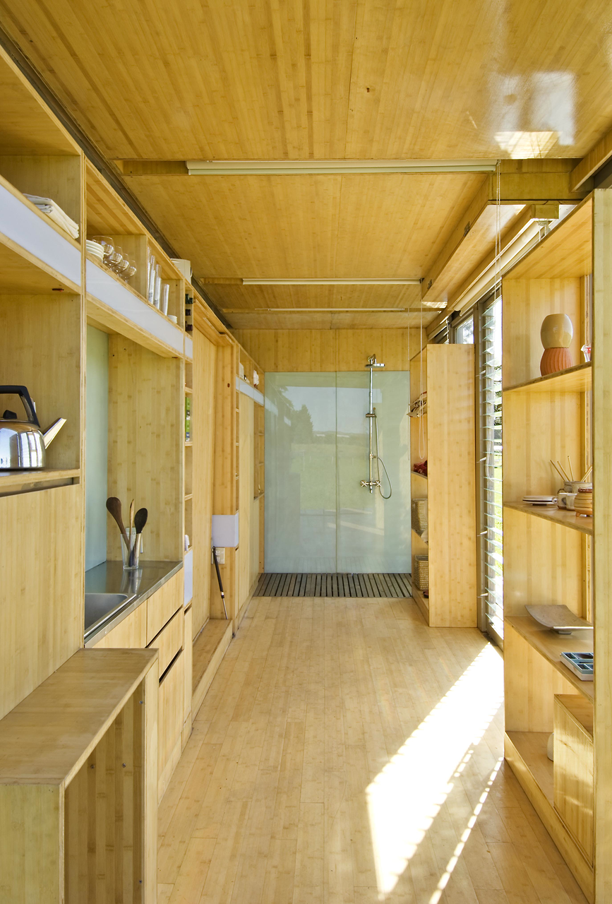 port-a-bach shipping container retreat10