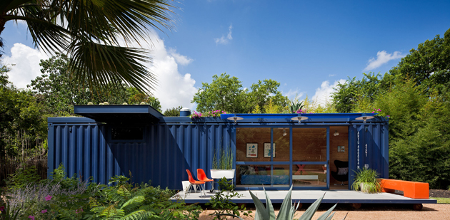 Container Guest House2