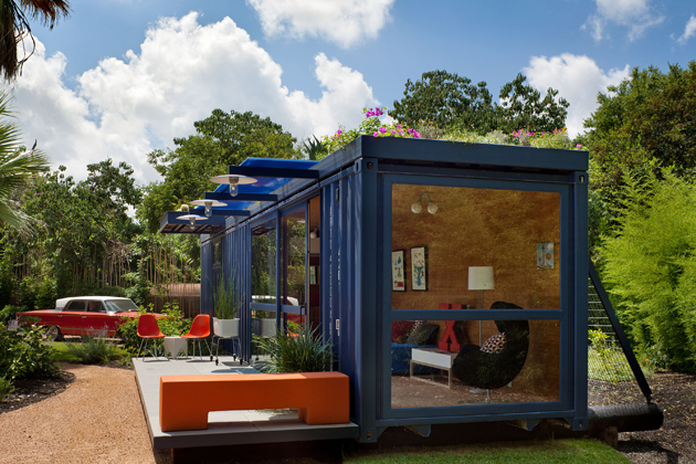Container Guest House5