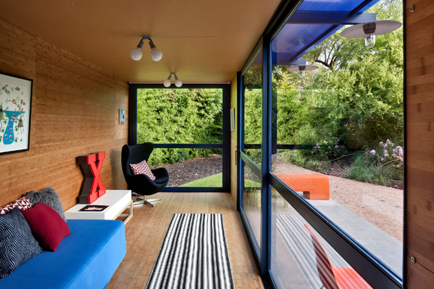 Container Guest House12