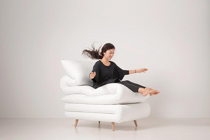 ふとんみたいな椅子。Sleepy chair