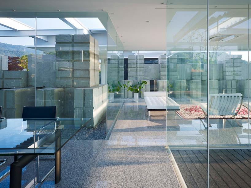 全面ガラス張りの家。潜水士のためのグラス・ハウス15