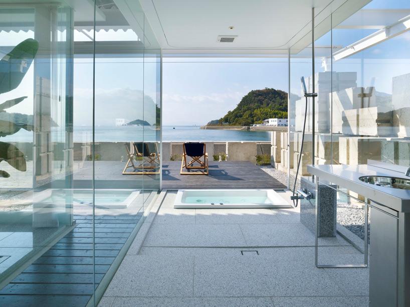 全面ガラス張りの家。潜水士のためのグラス・ハウス18