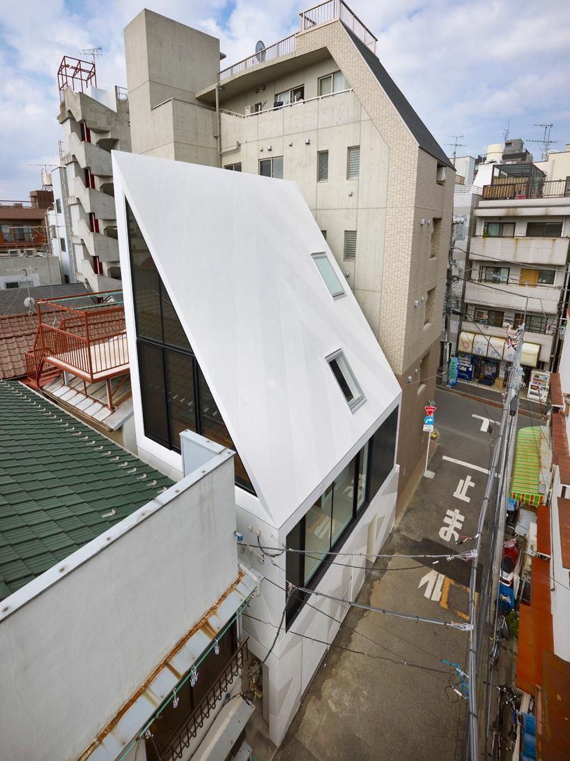 xyz house1