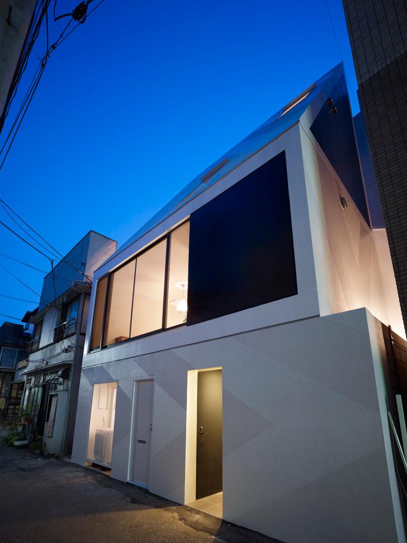 xyz house17