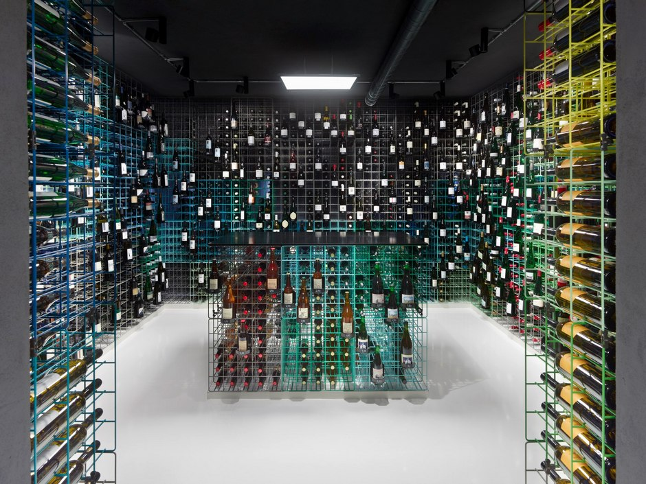 Weinhandlung-Kreis-wine-shop-By-Furch-Gestaltung-Produktion-01