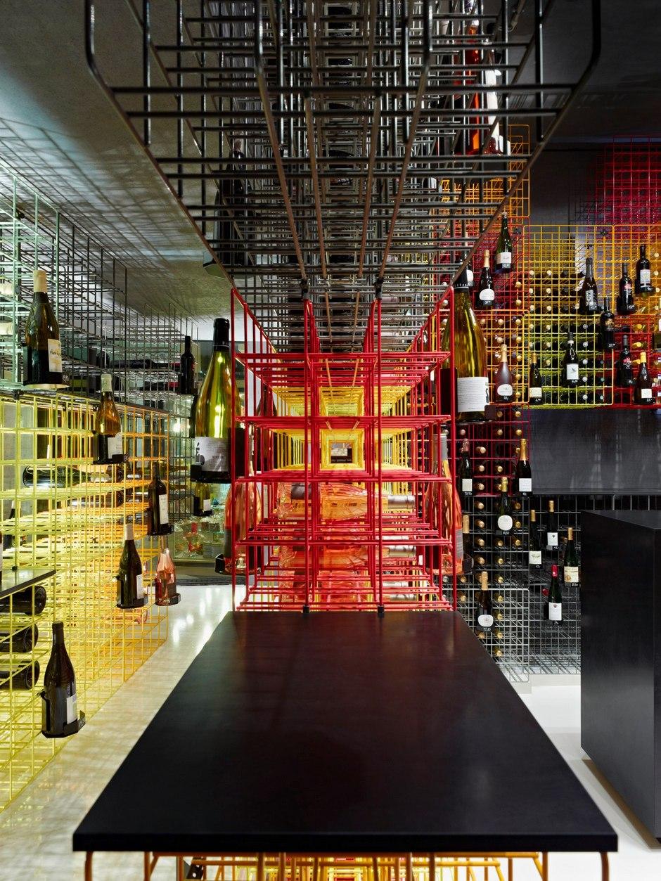 Weinhandlung-Kreis-wine-shop-By-Furch-Gestaltung-Produktion-06